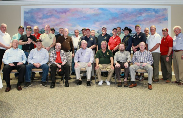 Vietnam veterans group photo